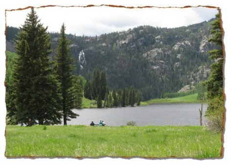 Cataract Lake and Cataract Falls - popular hiking area in Eagles Nest Wilderness